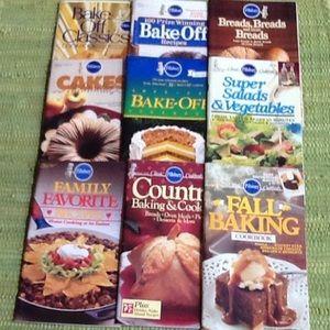 15 Pillsbury Classic Cookbooks